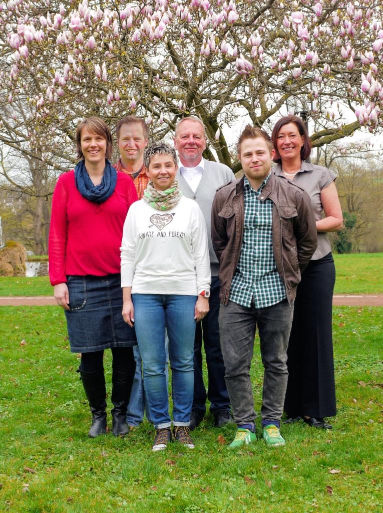 Mit UNS für Hemmingen: Judith Holm, Steffen Schmidt, Alexandra Heinstein, Wolfgang Gerlach, Yannic Martin und Andrea Kaczmarek-Truta (von links nach rechts)